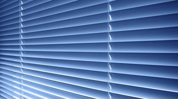 aluminium-venetian-blinds-blue-Colori